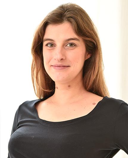 Dr.  Julia Berretta